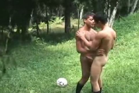 Futbol 3 - Scene 4 - The French Connection