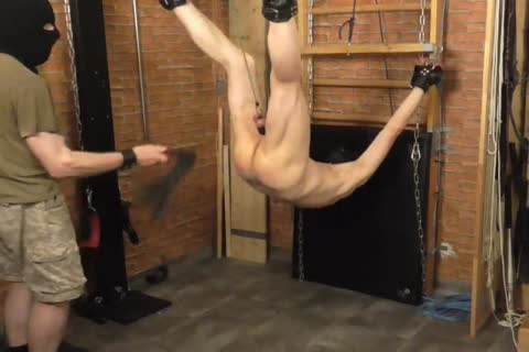 A bdsm-session In A attractive Afternoon. The taskmaster Likes To Play With The Balls Of The villein And thrashing The butthole. taskmaster: Sadist52 villein: MasoFun