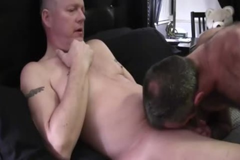 Hard Bear bends Over His sleazy daddy Boyfriend To slam