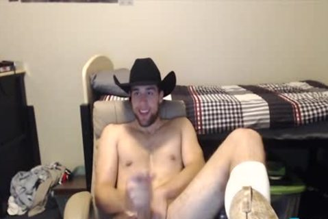 Toned Hung lusty dude Shows Why Cowboys Do It more amazing