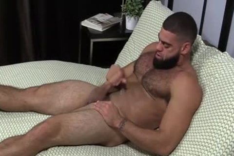 Ricky Larkin Jerking whilst Toe Sucked