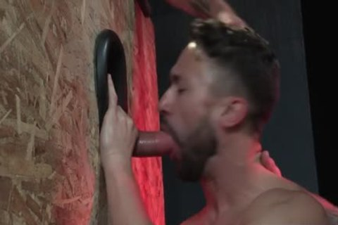 Muscle Bear Foursome And Facial