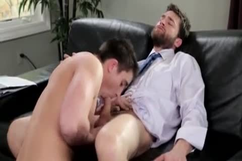 homo Tailor Comes Over To Welcome His Behind Filled With Some admirable Wide weenie