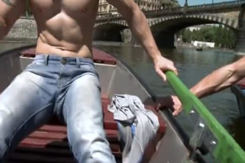 Muscle Daddy Public ass With ejaculation