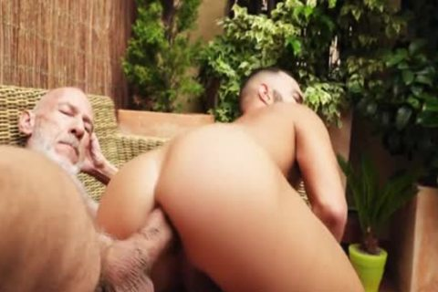 large penis Daddy plows Dano Guerre (bareback)
