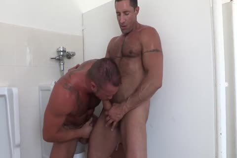crap-house pound Nick Capra, Michael Roman