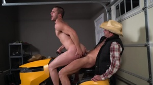 The Ranch Hand - Allen Lucas, Sean Maygers pooper invasion
