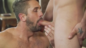 Robbing 10-Pounder - Darin Silvers and Wesley Woods ass Hump
