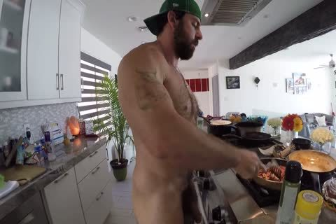 Xavier Cooking naked