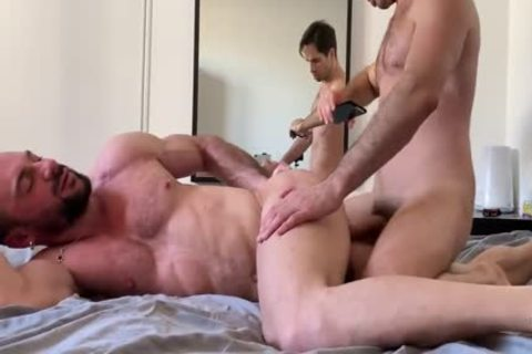 Muscle daddy Sub