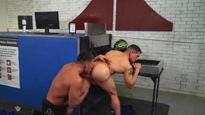 What's Up His ass - Jeremy Spreadums & Bruce Beckham American Sex