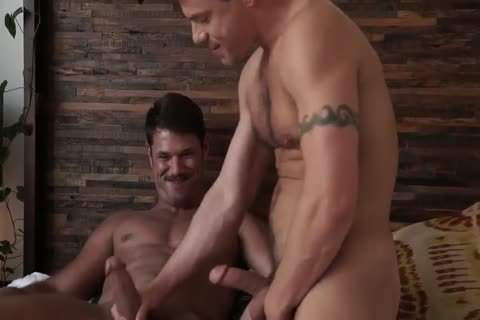 Jesse Santana nails His friend Tyler Roberts in nature's garb