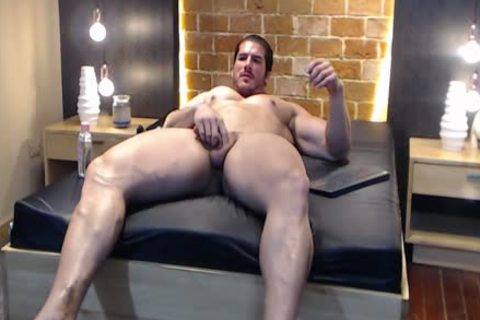 large Latin Bodybuilder discharges A Load And Eats It!