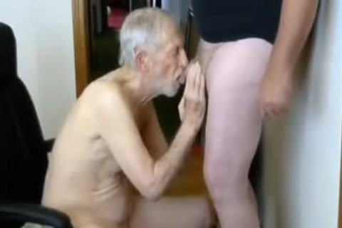 26margate Skinny daddy grand-dad Is A Skilled cocksucker dad
