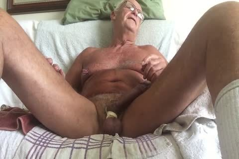 Laabanthony Daddy likes To Show Off Two