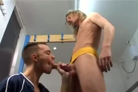 Joshua raw In The Locker Room
