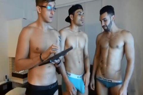 3some Live latina homo's Show