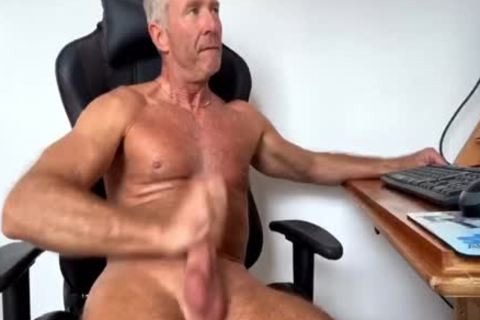 Dream Dilf Play With His big Uncut German 10-Pounder (no sperm)