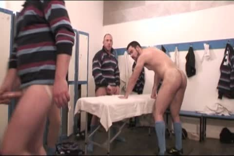 more juicy Rugby Players (full clip)
