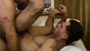 IconMale.com: Muscle Max Sargent nailed by big cock Roman Todd