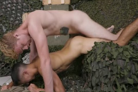 Tyler Lakes fucked By Dacotah Red
