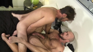 Extra Big Dicks: Jessie Colter pounded by gay Joe Parker
