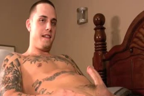 Ink Laid Back Tattooed Sk8ter gets His First gay bj