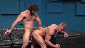 RagingStallion.com - Hard tongue Jaxton Wheeler and Johnny V
